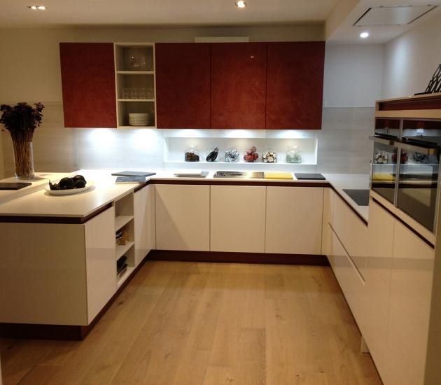 Кухонный гарнитур BEECK Küchen Hausmesse 02