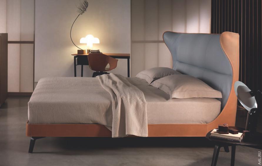 Кровать Poltrona Frau Mamy Blue