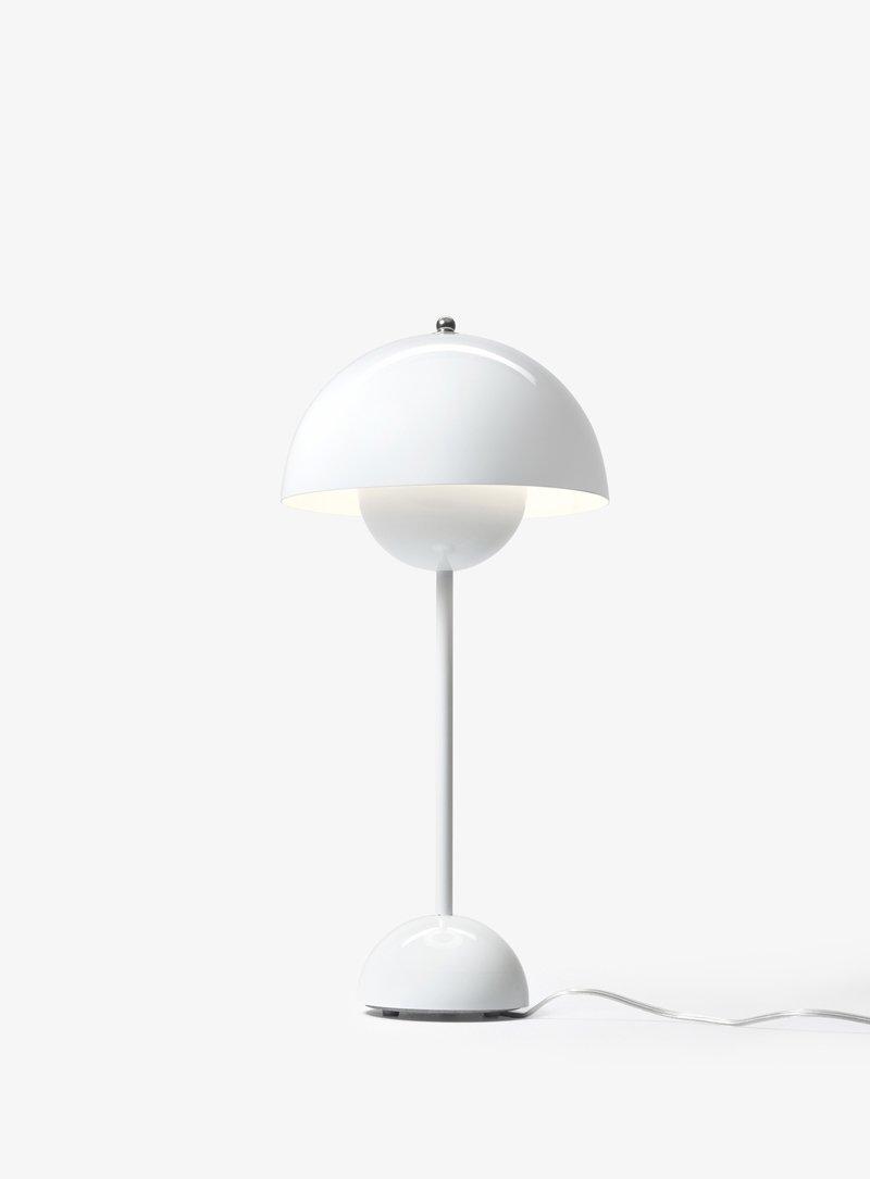 Лампа Andtradition Flowerpot VP3