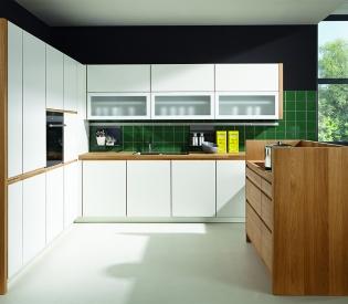 Кухонный гарнитур BEECK Küchen Rena S weiss/griffleiste eiche natur