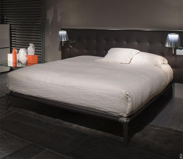 Кровать Cassina L26/L27 Volage
