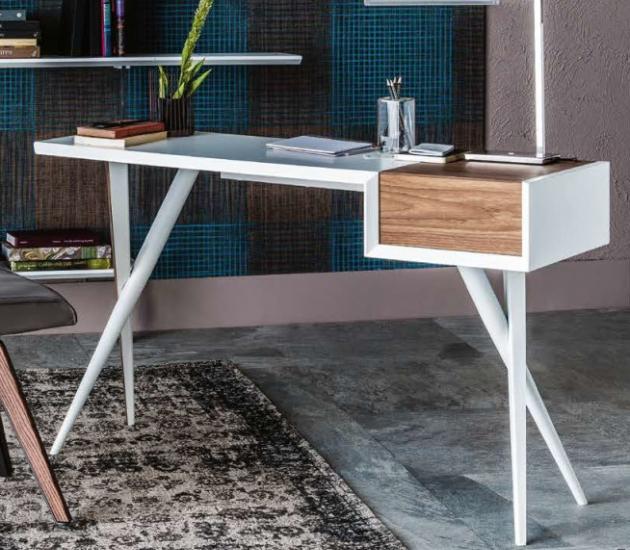 Письменный стол Cattelan Italia Batik