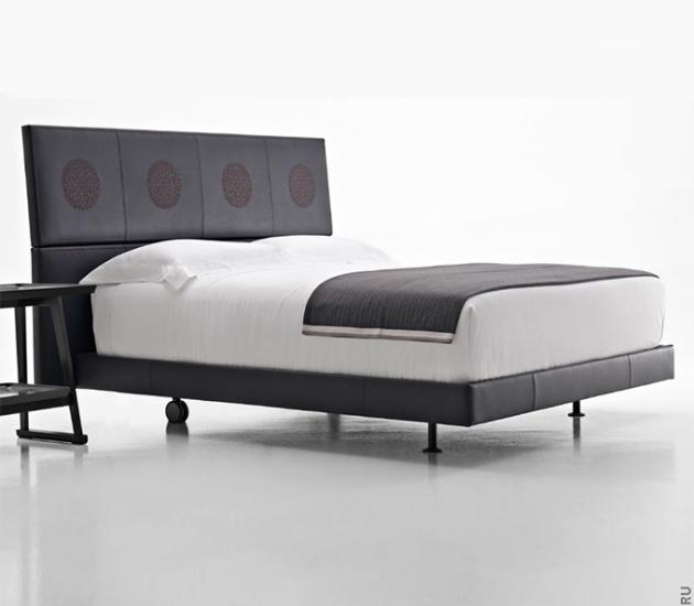 Кровать Maxalto Lucrezia Erik