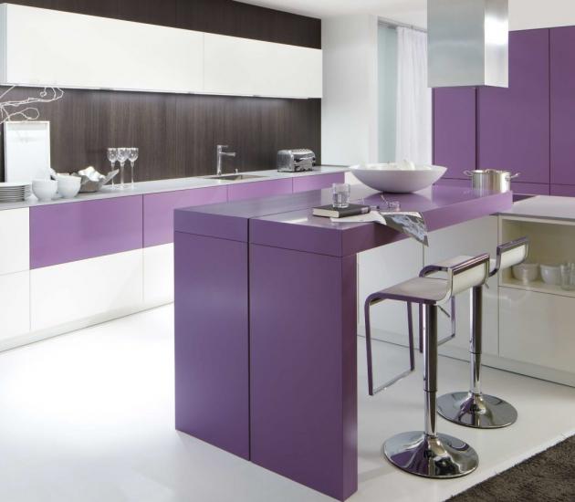 Кухонный гарнитур BEECK Küchen Colorline weiss/violett