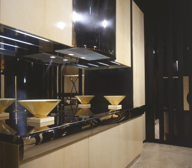 Кухонный гарнитур Tura Amelie 8200